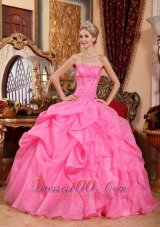 Puffy Wonderful Rose Pink Quinceanera Dress Strapless Organza Appliques Ball Gown