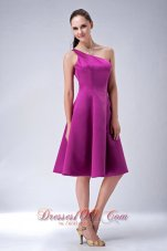 Custom Made Fuchsia A-line / Princess One Shoulder Bridesmaid Dress Satin Knee-length  Dama Dresses