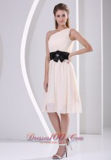 Elegant One Shoulder Champagne Chiffon Knee-length Dress For Prom Party Hand Made Flower Belt  Dama Dresses