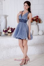 Blue and White A-line V-neck Short Prom / Homecoming Dress Organza Beading Mini-length  Cocktail Dress