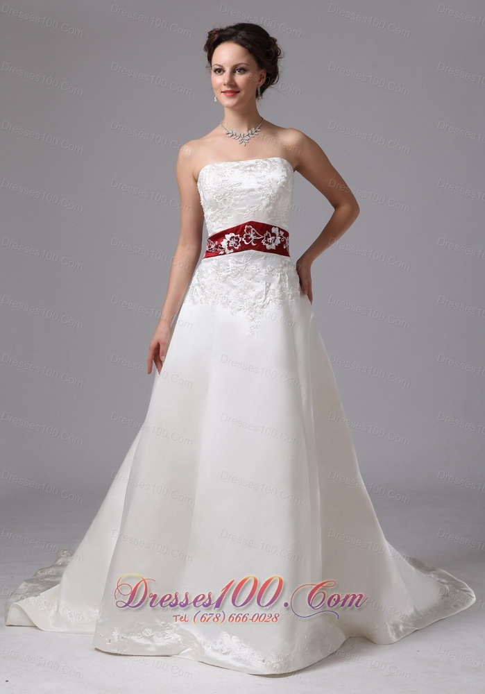 2013 embroidery clasp handle wedding dress with chapel for Best selling wedding dresses