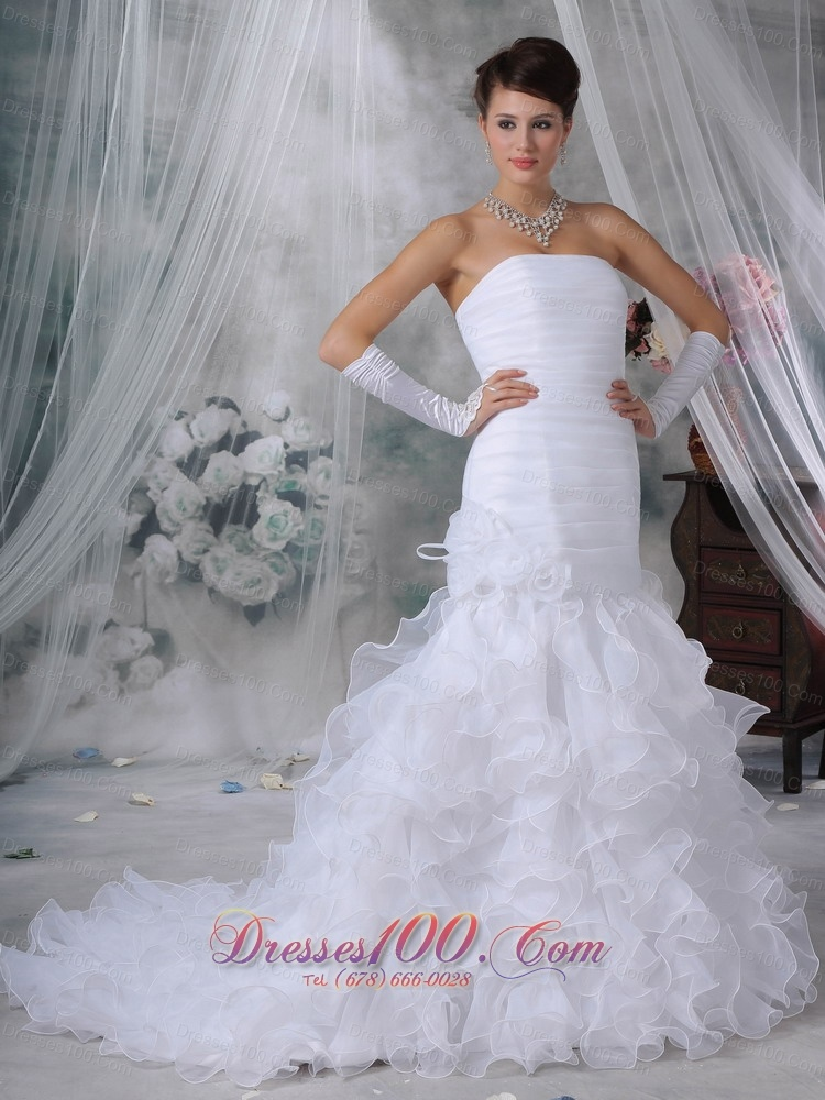 Beautiful mermaid strapless court train organza handle for Top 10 most beautiful wedding dresses
