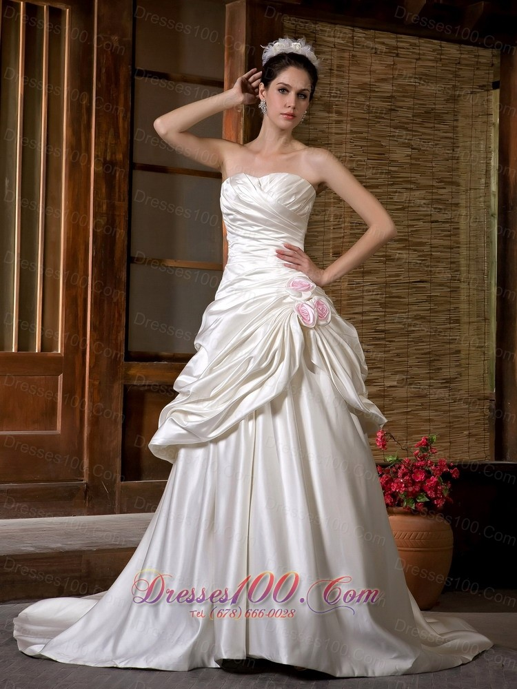 Low cost a line strapless wedding dress chapel train satin for Wedding dresses low cost