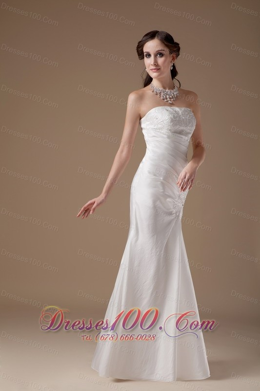 Custom Made Column Strapless Low Cost Wedding Dress Satin Appliques Floor Len