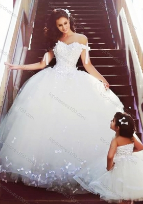Sophisticated Off the Shoulder Luxurious Wedding Dresses with Bowknot and Romantic Strapless Flower Girl Dress with Bowknot