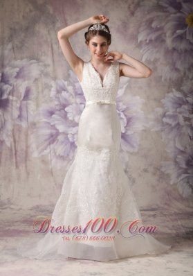 Modest A-line V-neck Low Cost Wedding Dress Taffeta and Organza Lace Court Train - Top Selling
