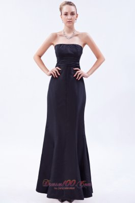 Navy Blue Column Strapless Floor-length Satin Ruch Bridesmaid Dress