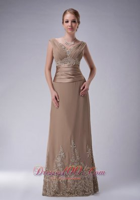 2013 Beautiful Champagne Column V-neck Mother Of The Bride Dress Chiffon Appliques Floor-length