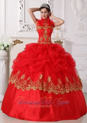 New Affordable Red and Gold Quinceanera Dress Halter Taffeta Beading and Appliques Ball Gown