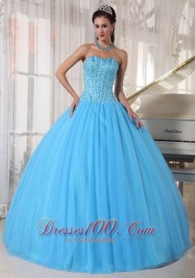 Beautiful Sky Blue Quinceanera Dress Sweetheart Tulle Beading Ball Gown Plus Size