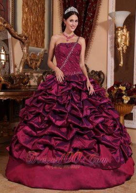 Puffy Best Burgundy Quinceanera Dress One Shoulder Taffeta Pick-ups Ball Gown