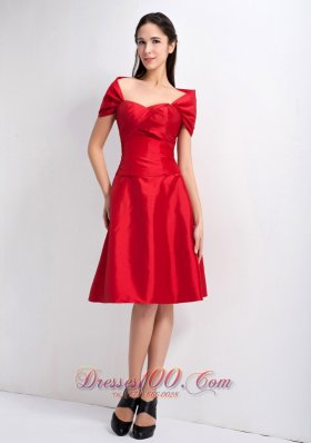 Red A-line Sweetheart Knee-legnth Taffeta Bridesmaid Dress