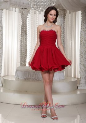 Red A-line Chiffon Ruched Bodice Prom Dress With Beaded Decorate For Cocktail
