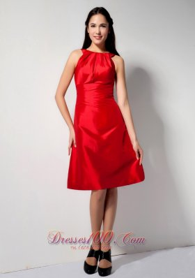 Latest Red A-line Bateau Bridesmaid Dress Knee-length Taffeta  Dama Dresses