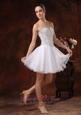 2013 Sweetheart Beaded Mini-length For White Cocktail / Homecoming Dress In Livonia